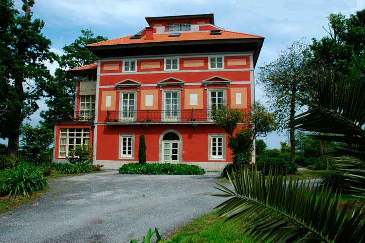 arquitecto en cudillero asturias hotel casona de la